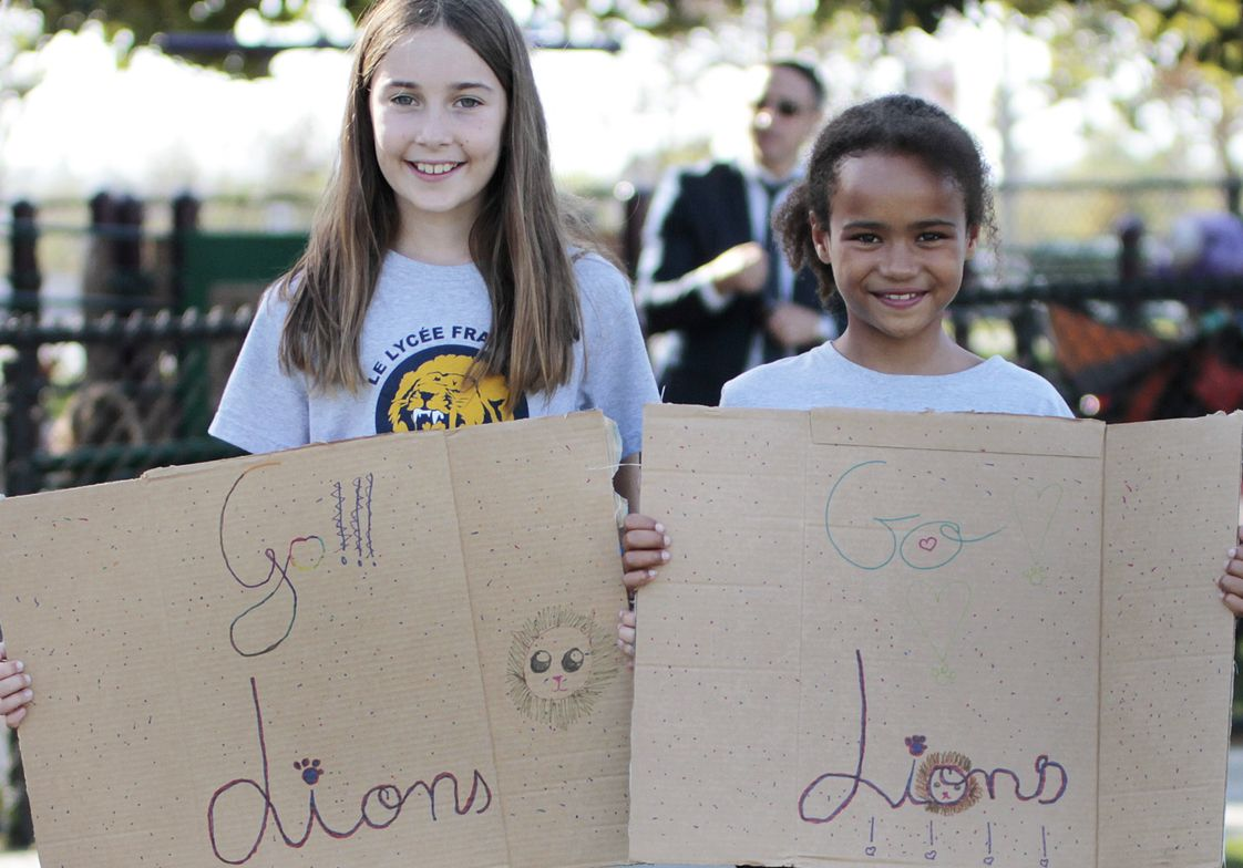 Le Lycee Francais de Los Angeles Photo #1 - Students supporting the soccer team