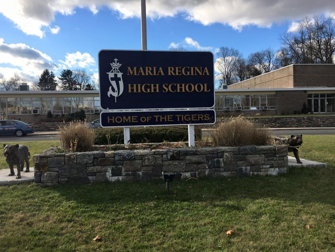 Maria Regina High School Photo