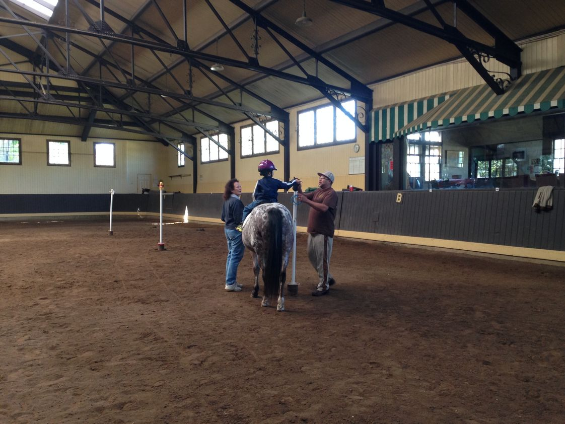 Discovery School Photo #1 - Horse back riding at RaeMelton.