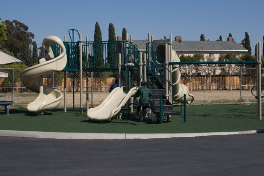Page Private School - Newport Mesa Photo - Play Area
