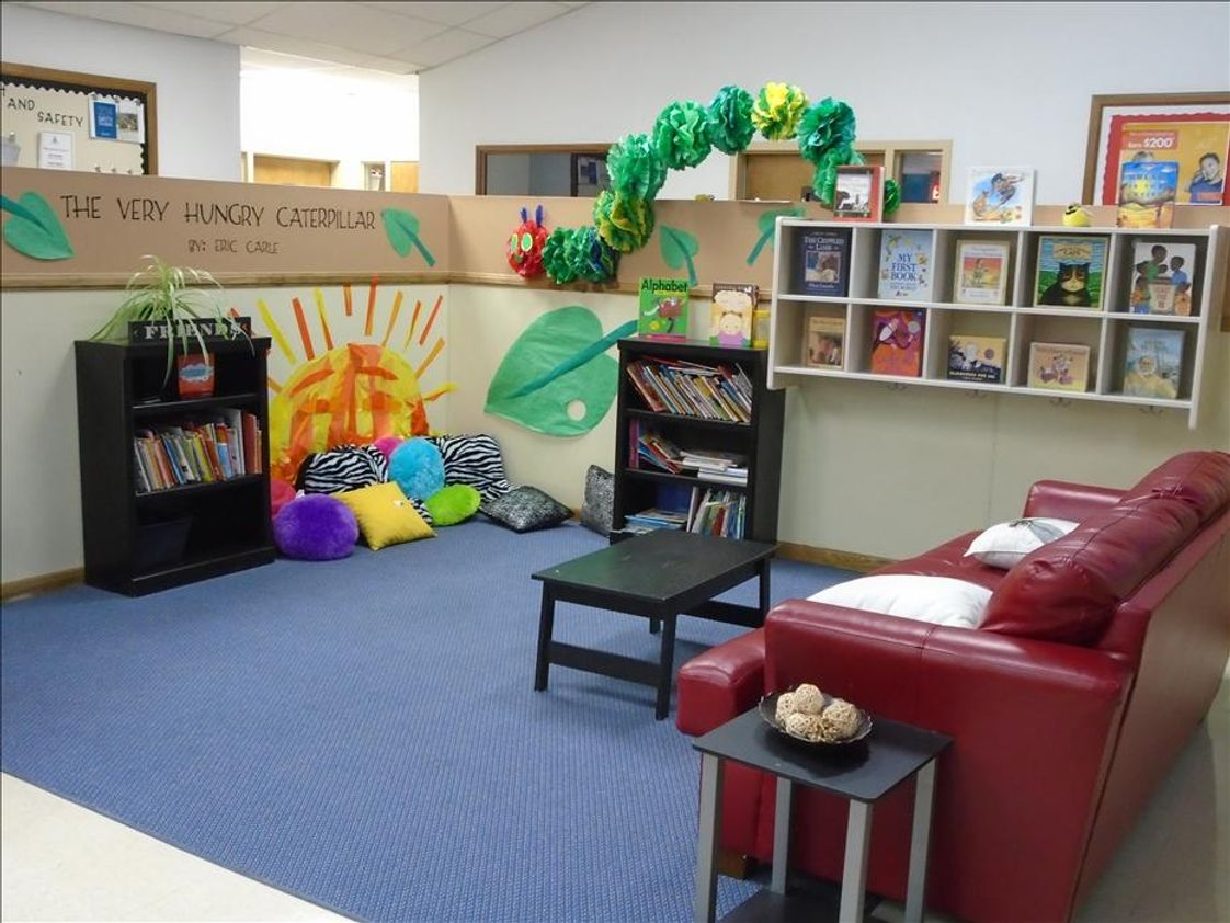 Paradise Hills KinderCare Photo #1 - Parent Lounge