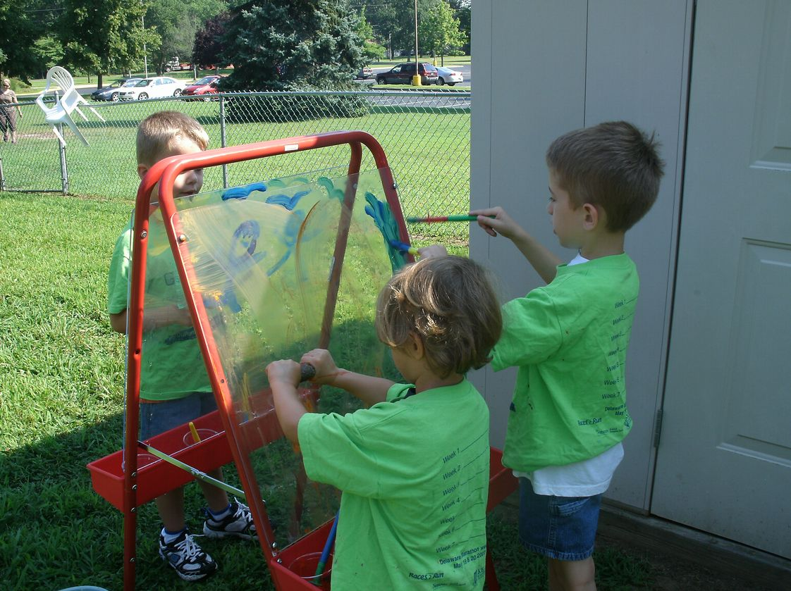 The Little Tree Preschool Photo - Outdoor painting during summer camp 2013.
