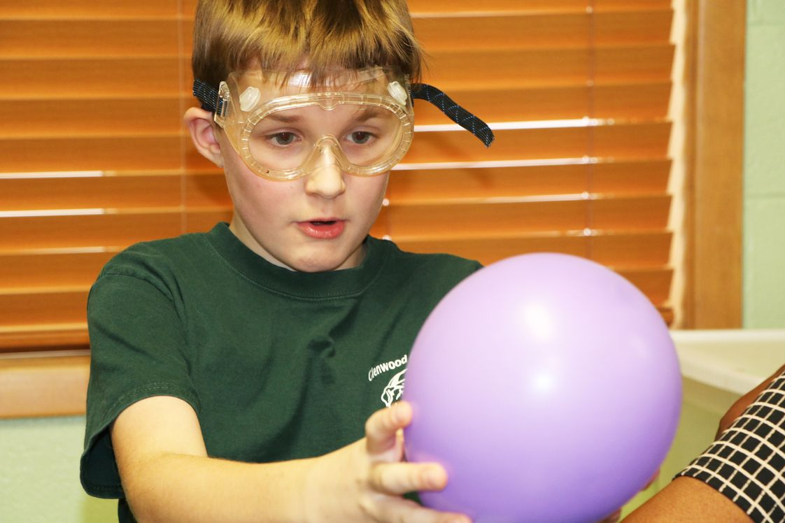 Glenwood Academy Photo - What could be more fun than Ballons and chemical reactions!