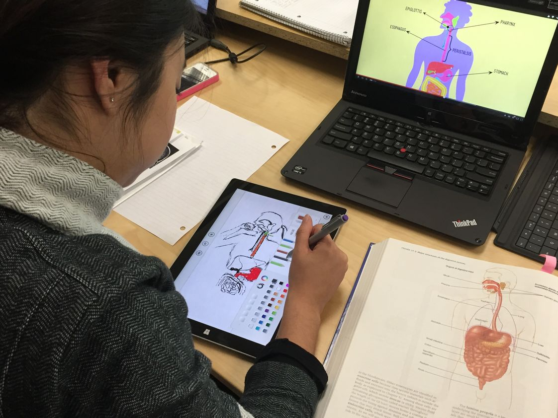 Renton Prep Christian: Microsoft's First US K-12 Flagship School Participant Photo - All students use Microsoft Surfaces as their primary digital tool for research and classwork.